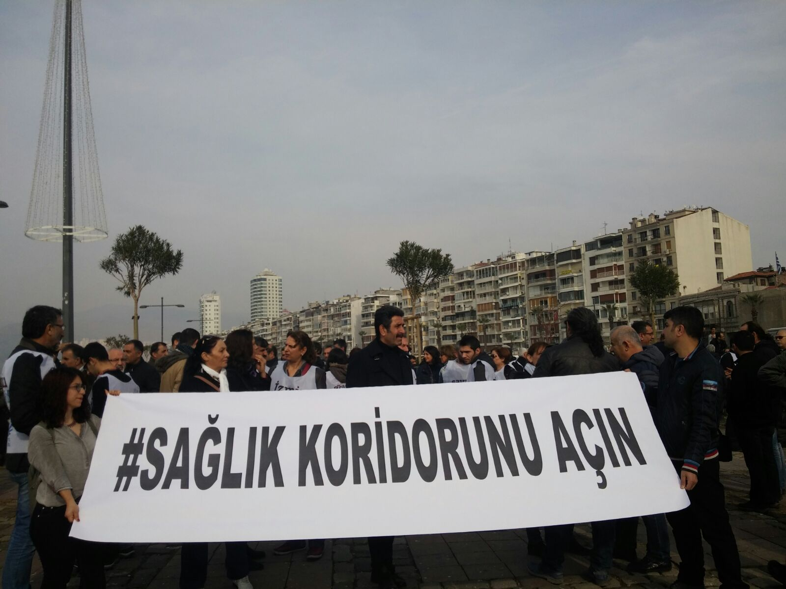 İzmir'de Sağlık Emekçileri