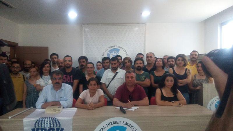 DİYARBAKIR'DA KESK ÜYELERİNE GÖZALTI PROTESTO EDİLDİ