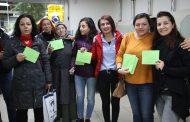DİYARBAKIR'DA TUTSAK KADINLARA KART GÖNDERİLDİ