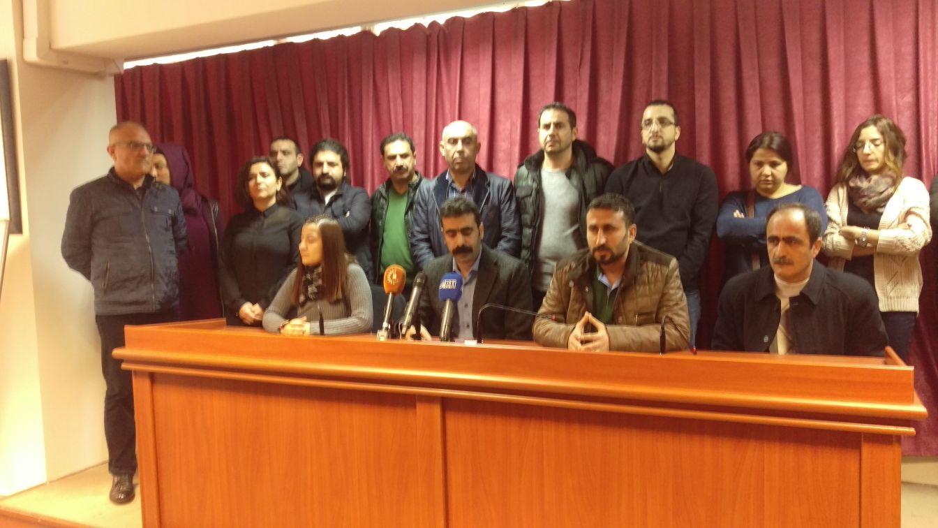 """Diyarbakır KESK, DİSK ve TMMOB'den TTB'nin """"Savaş Bir Halk Sağlığı Sorunudur"""" Bildirisine Destek"""