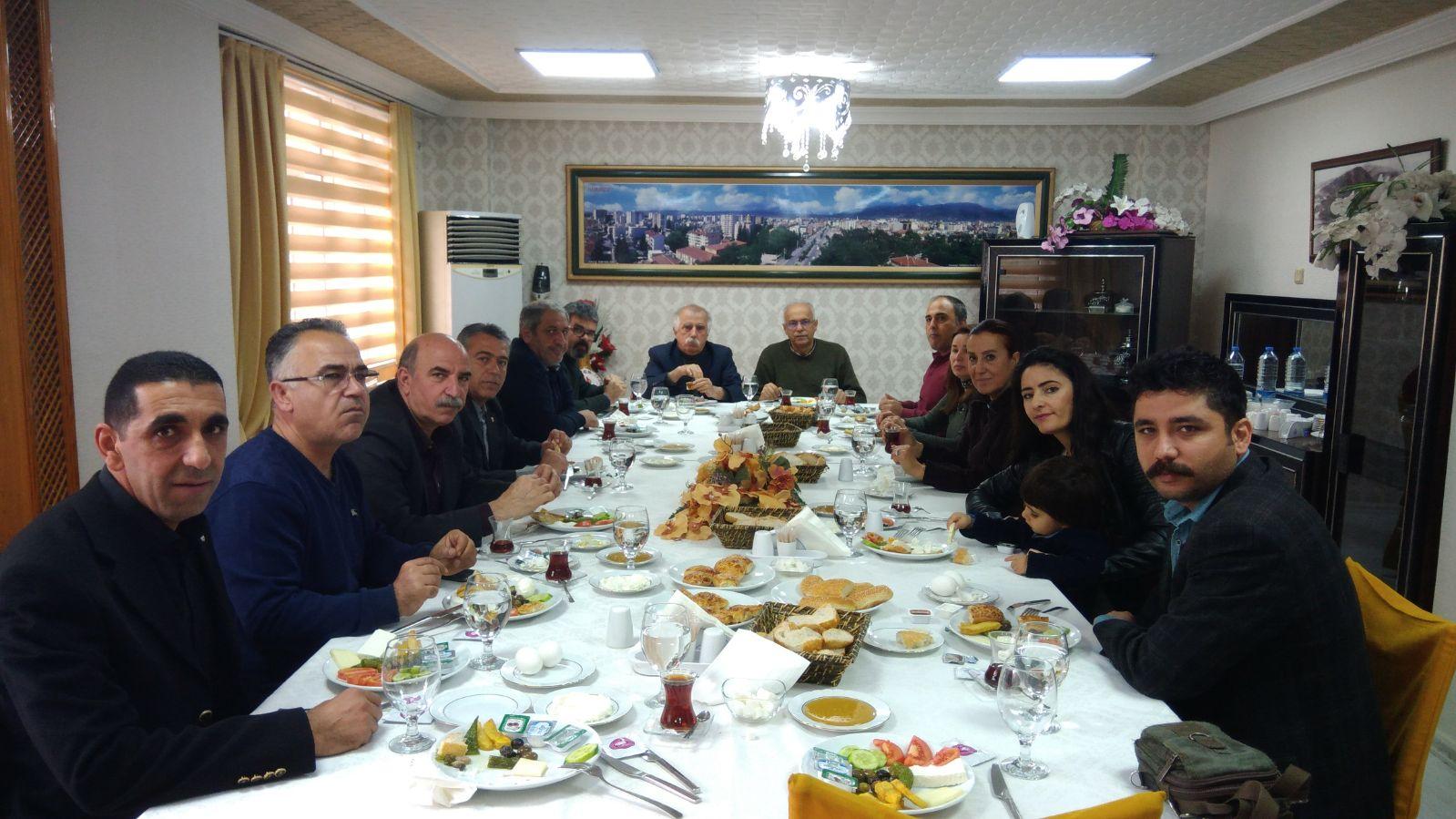 Osmaniye'de üye ve yöneticilerimiz kahvaltıda buluştu