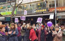 Ankara'da Kadınlar Saldırıya Rağmen Sokakları Terketmedi