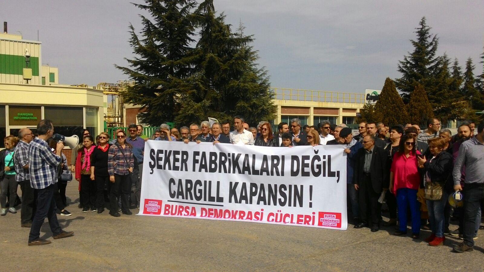 Bursa Demokrasi Güçleri Şeker Fabrikalarının Kapatılmasına Karşı Eylem Yaptı