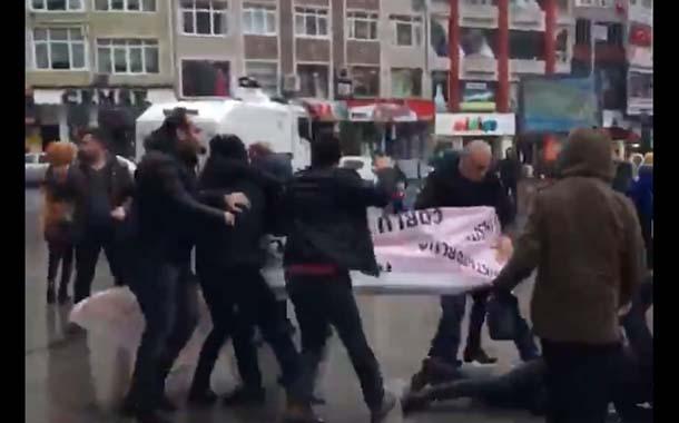 Çorlu'da Kadın Eylemine Polis Saldırdı