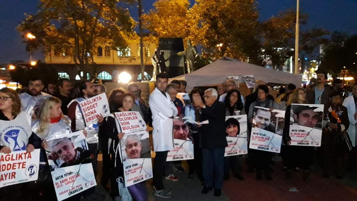 İstanbul Şubelerimiz Sağlıkta Şiddet Yasası Nöbetine Katıldı
