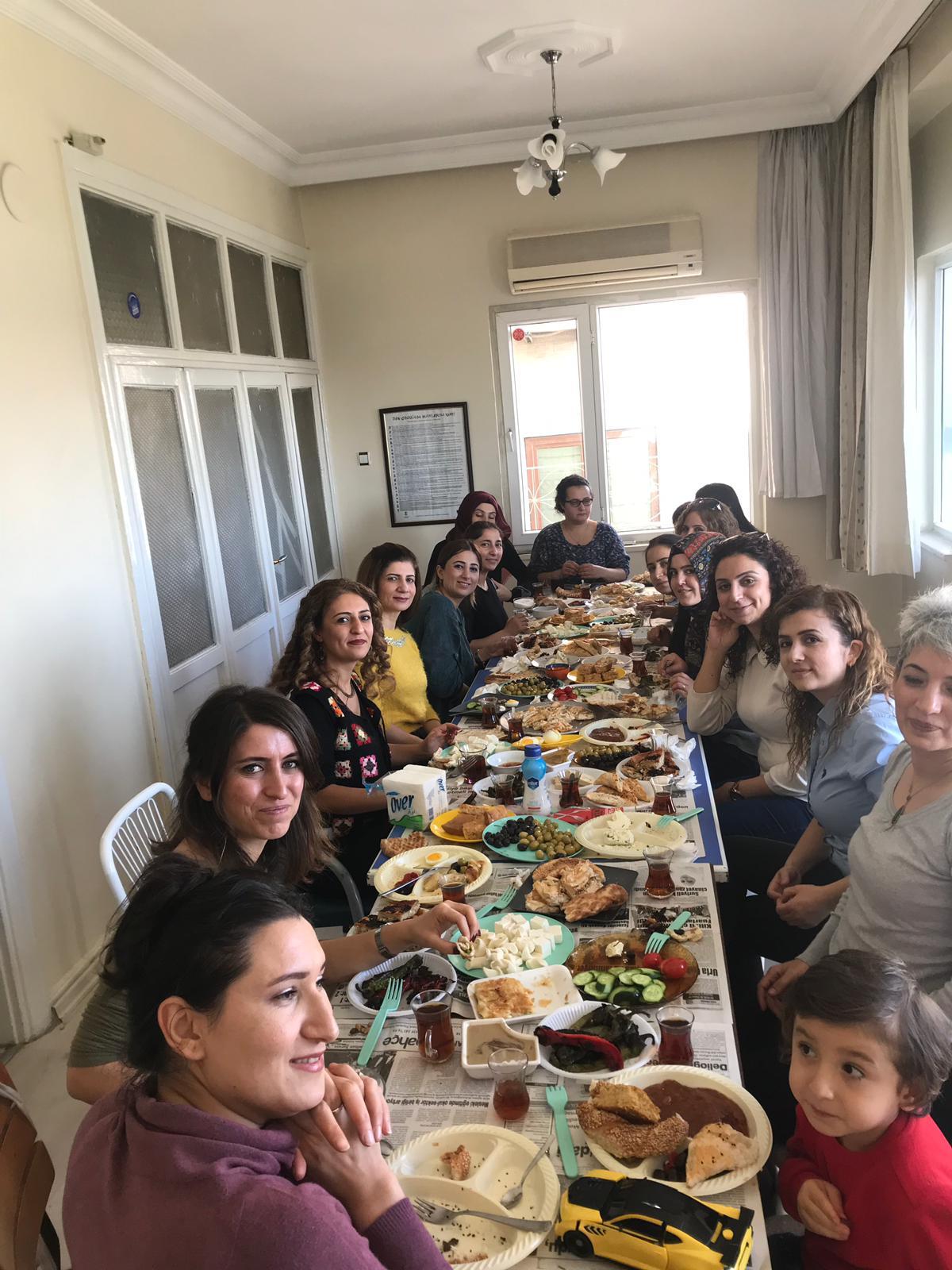 Ş.Urfa'da Kadınlar 25 Kasım Etkinliklerinde Buluştu