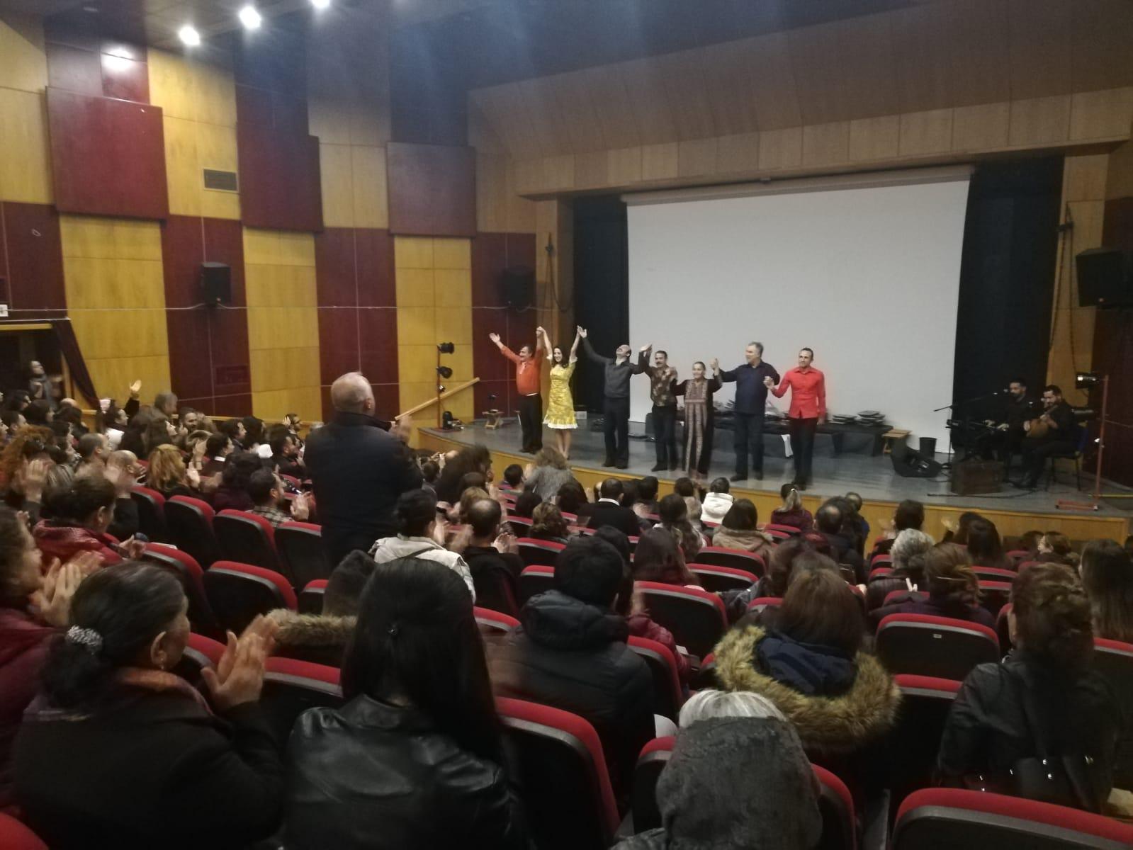 Dersim'de İhraçlarla Dayanışma İçin Tiyatro Gösterimi Düzenlendi