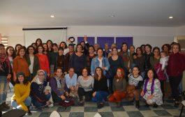Mersin'de Kadınlar Mersin Kadın Platformu'nun Çağrısıyla 'Kadınlar Birlikte Güçlü' diyerek bir araya geldi.