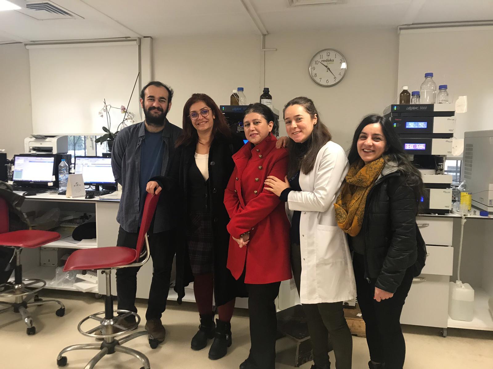 Dr. Sadi Konuk Eğitim ve Araştırma Hastanesi'nde 22 Aralık İstanbul KESK Bölge Mitingi Çalışması Yaptık