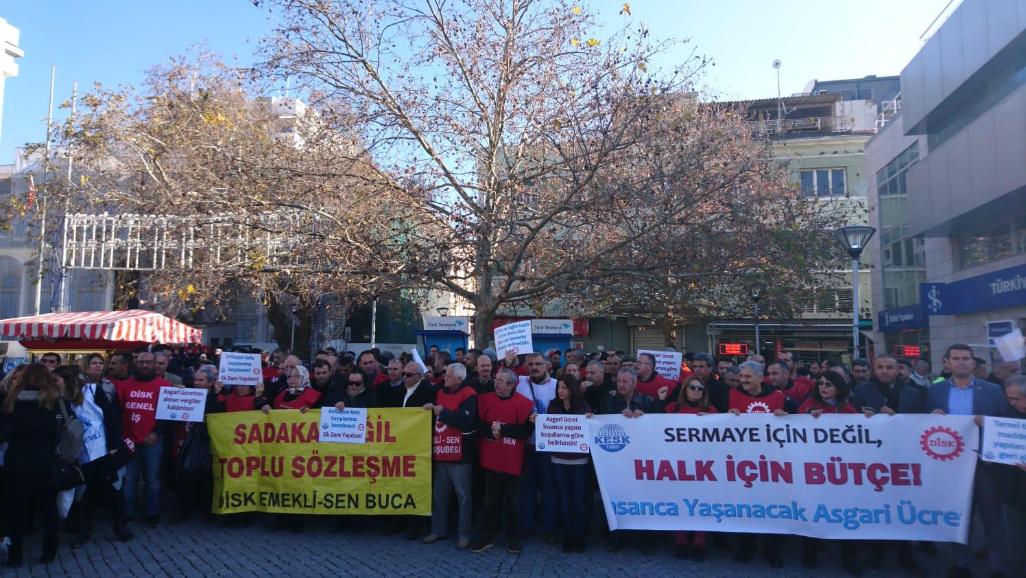 KESK İzmir Şubeler Platformu ve DİSK Ege Bölge Temsilciliği: İnsanca Yaşayacak Ücret İstiyoruz!