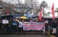İzmir'de KESK'liler İnsanca Yaşayacak Ücret Talebiyle Bordrolarını Yaktı