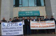 Batman'da Bölge Hastanesi Önünde 14 Mart Sağlık Haftası Açıklaması