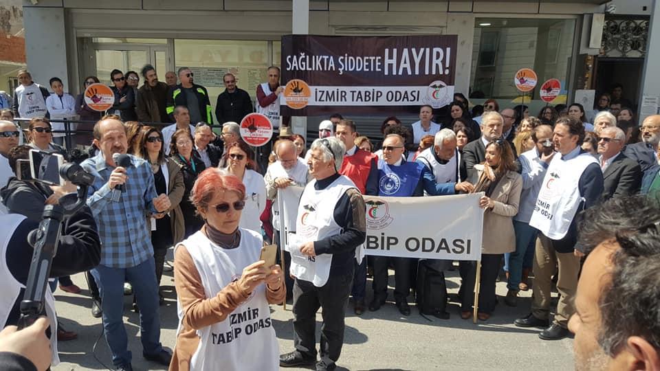İzmir: Sağlıkta Şiddete Alışmayacağız!
