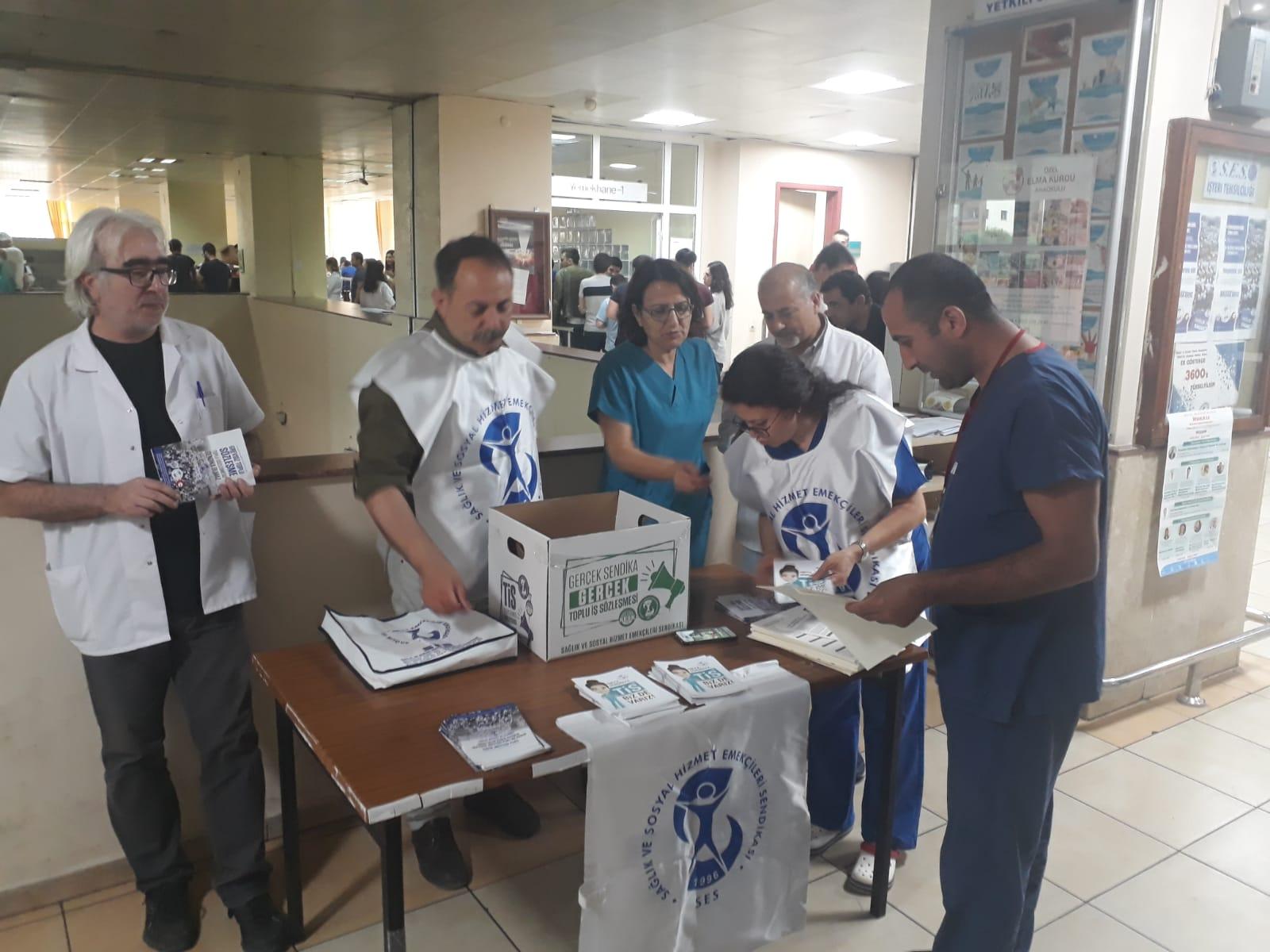 İzmir'de TİS Sandıkları Kurulmaya Başlandı