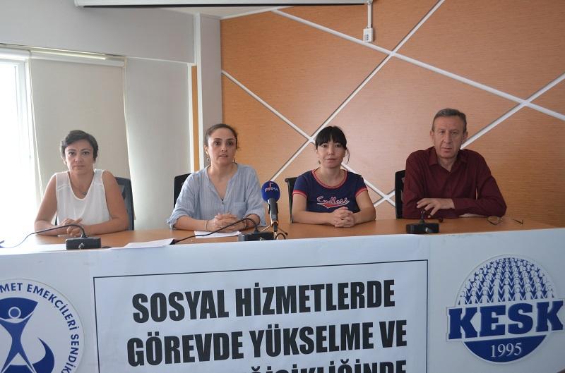 Aile, Çalışma ve Sosyal Hizmetler Bakanlığı'nda Sosyal Hizmet Çalışanları İçin Görevde Yükselme ve Unvan Değişikliğinde Uygulanan Mülakat Kaldırılsın
