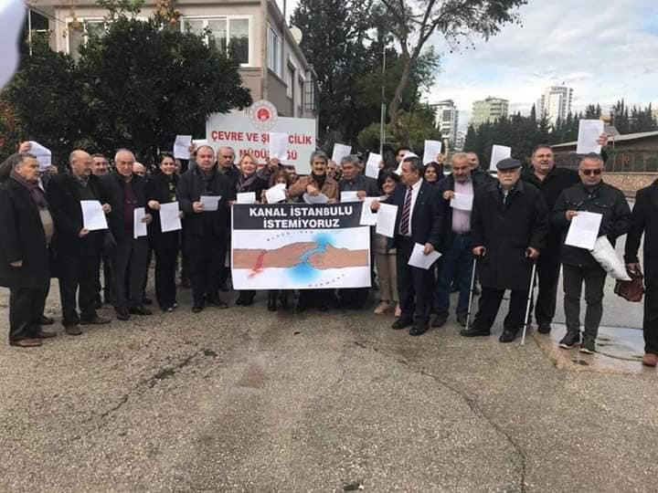 Adana'da Kanal İstanbul Projesine Karşı İtiraz Dilekçeleri Çevre İl Müdürlüğü'ne İletildi