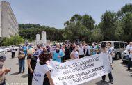 Sağlık Emekçileri Katledilen Ayşegül Aktürk İçin Süreyyapaşa Eğitim ve Araştırma Hastanesi Önünde Açıklama Yaptı