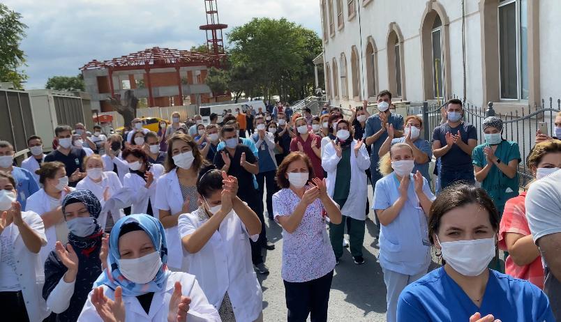 Sağlık Emekçileri İstanbul Yedikule Göğüs Hastalıkları ve Göğüs Cerrahisi Eğitim Araştırma Hastanesi'nde Şiddete Karşı Yürüdü: Sağlıkta Şiddet Pandemi İlan Edilmeli ve Acilen Mücadele Edilmelidir