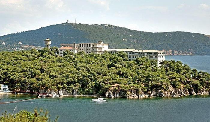 İstanbul Anadolu Şubemiz: Heybeliada Sanatoryumu Sağlık Kurumudur ve Öyle Kalmalıdır