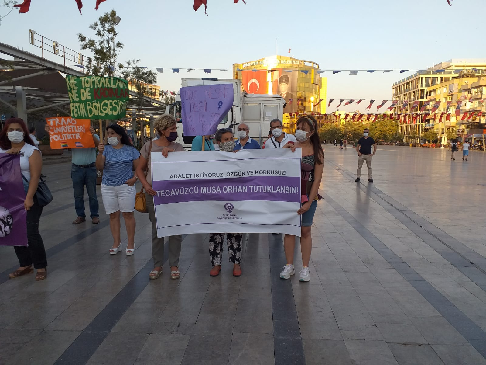 Aydın Kadın Dayanışma Platformu: Adalet İstiyoruz, Musa Orhan Tutuklansın!