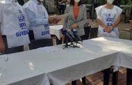 """Bursa Şubemiz """"Güvenceli İş, Güvenli Gelecek"""" Kanun Teklifimiz İçin Topladığı İmzaları TBMM'ye İletilmek Üzere CHP Bursa Vekili Lale Karabıyık'a Teslim Etti"""