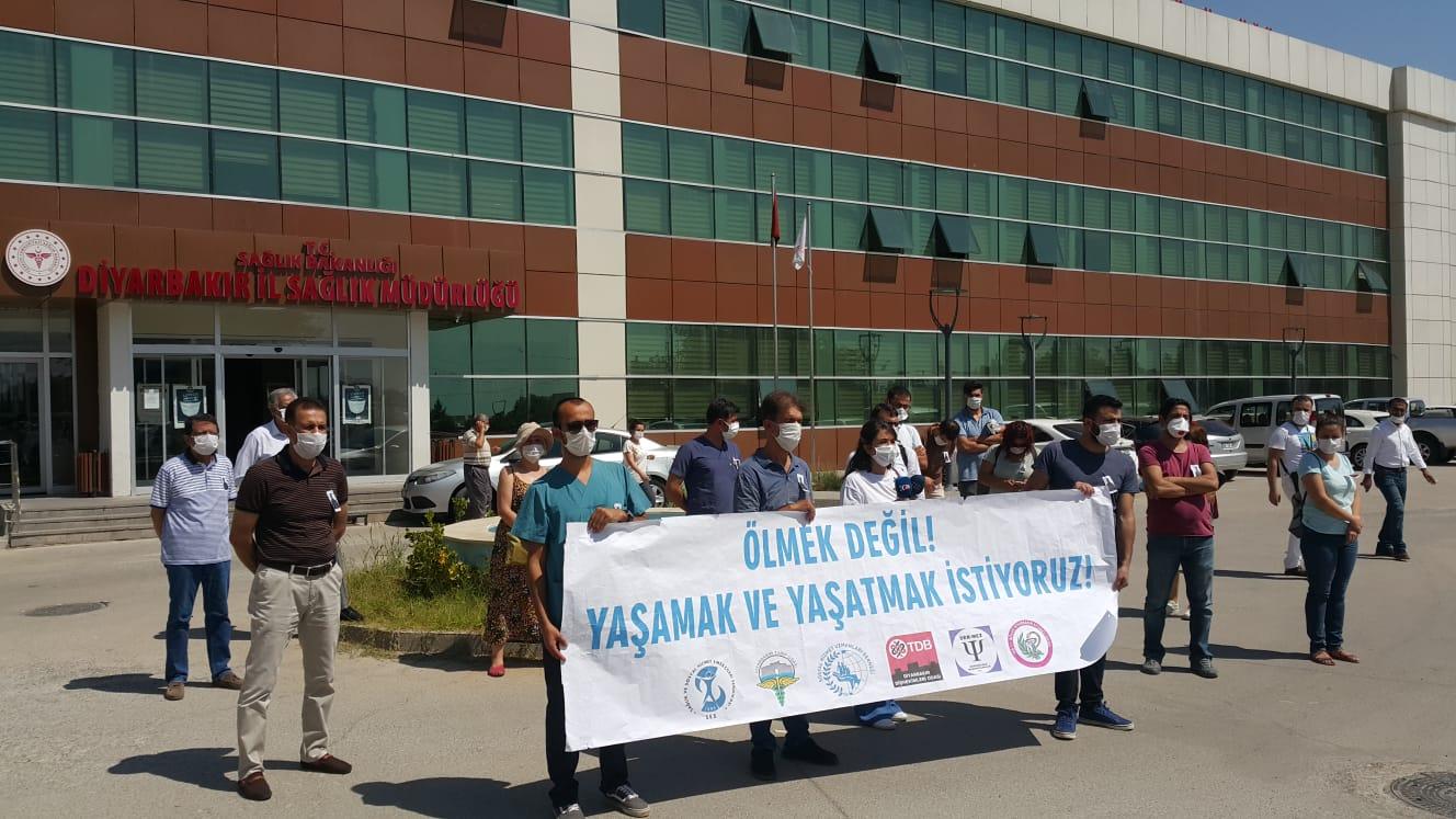 Diyarbakır Sağlık Platformu Covid-19 Nedeniyle Hayatını Kaybeden Üyemiz Mehmet Kan İçin Anma Töreni Gerçekleştirdi