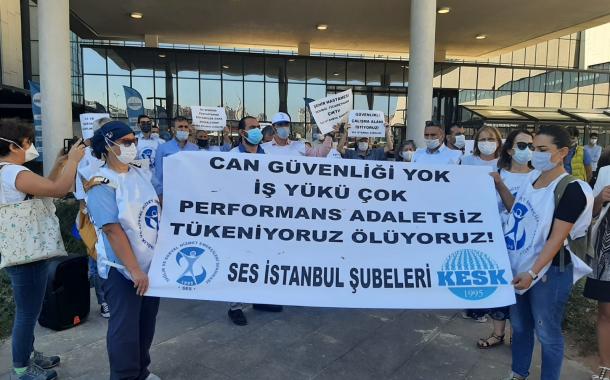 İstanbul Şubelerimizden Başakşehir Çam ve Sakura Şehir Hastanesi Önünde Eylem
