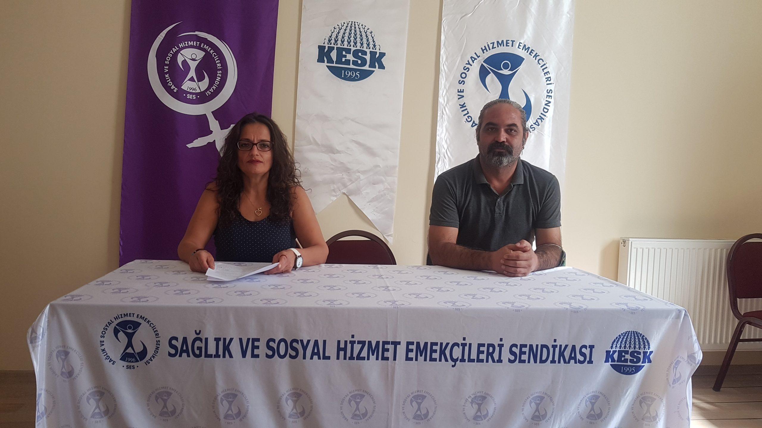 """İzmir Şubemiz """"Güvenceli İş, Güvenli Gelecek"""" İmzalarını TBMM'ye Sunulması İçin Genel Merkezimize Gönderdi"""
