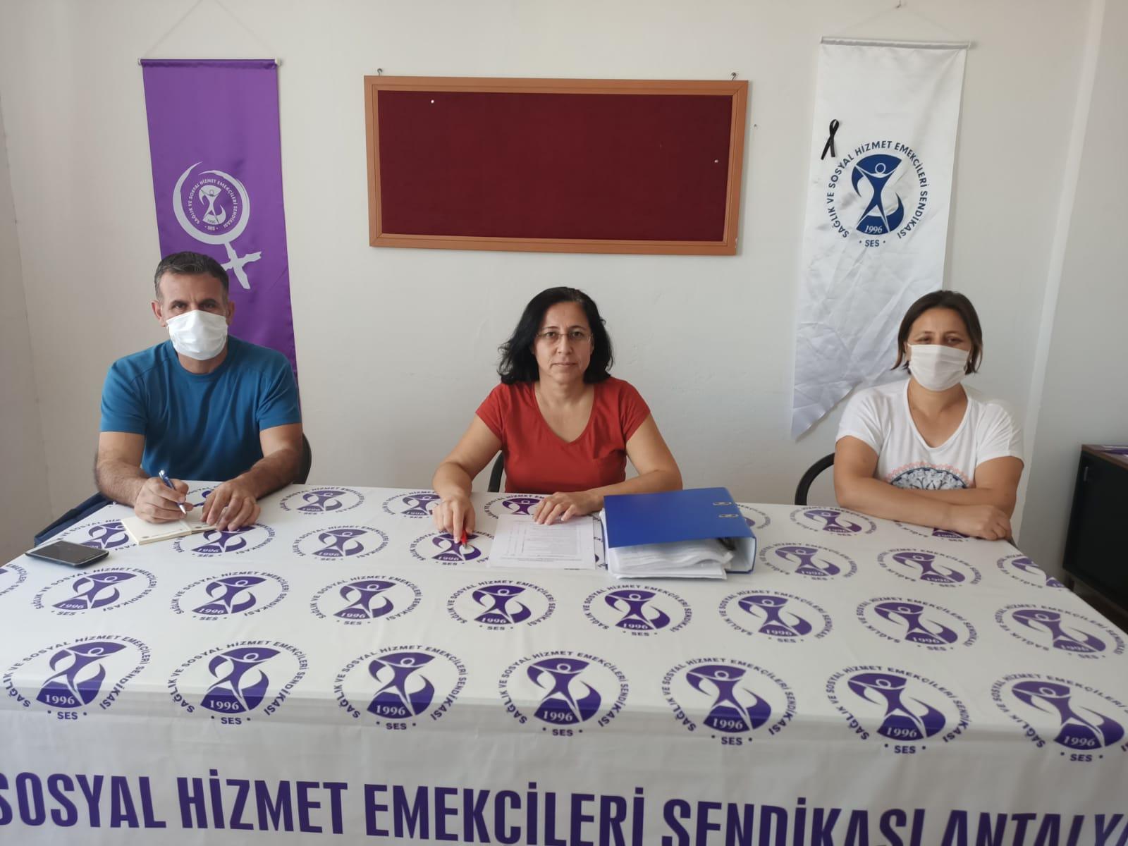 """Antalya Şubemiz """"Güvenceli İş, Güvenli Gelecek"""" İmzalarını TBMM'ye Sunulması İçin Genel Merkezimize Gönderdi"""