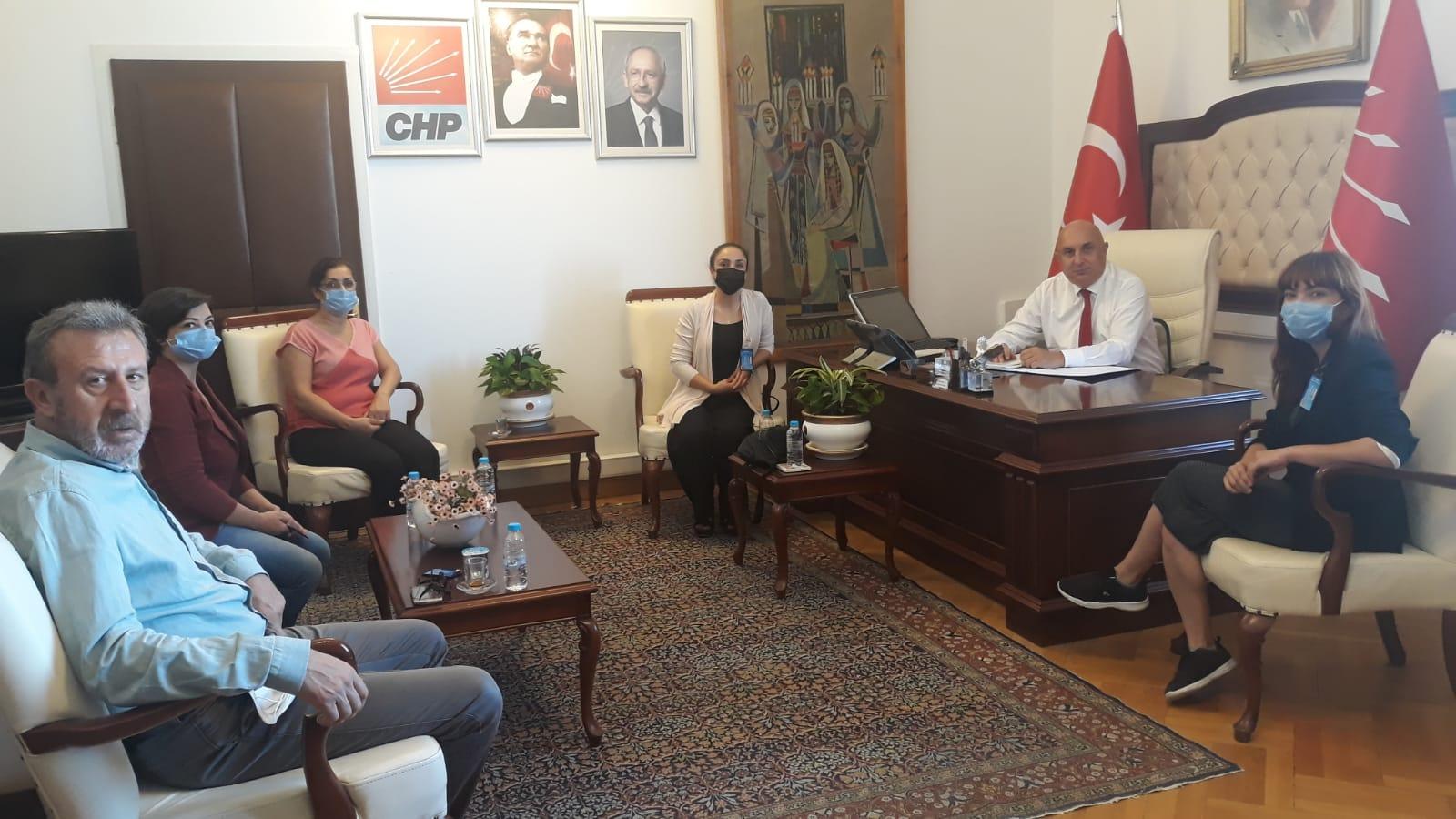 Kadro Talebi ve İstihdam Kanun Teklifimizi CHP Grup Başkan Vekiline İlettik