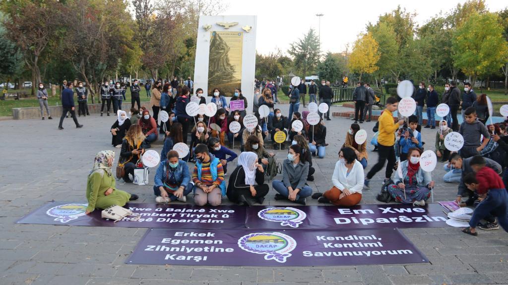 Dicle Amed Kadın Platformu'ndan Kentimi, Kendimi Savunuyorum Eylemi