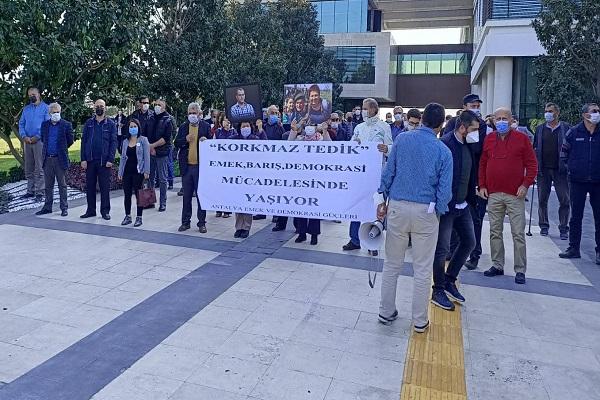 Antalya Emek ve Demokrasi Güçleri: Korkmaz Tedik'in ve 10 Ekim Katliamında Yitirdiklerimizin İsimlerini Yaşatacağız