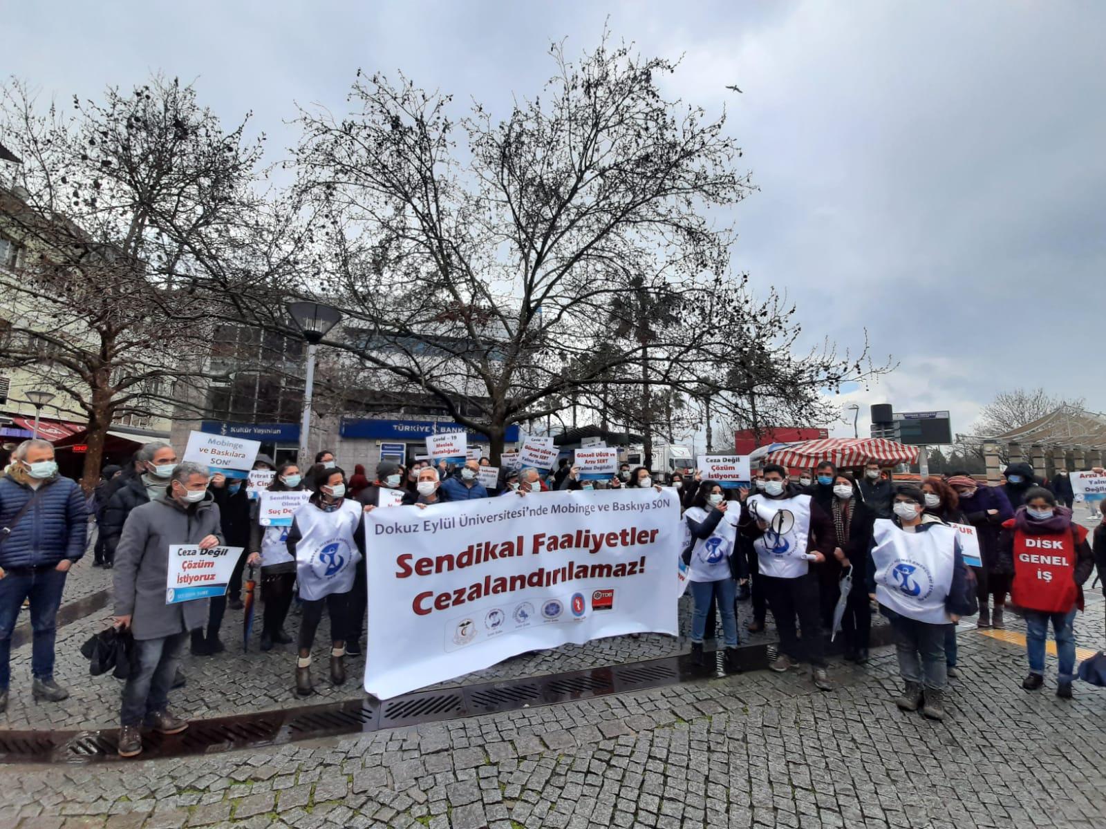 İzmir'de Açığa Alınan Üyelerimiz İçin Açıklama Yapan Sağlık Emek ve Meslek Örgütleri: Sendikal Faaliyetler Cezalandırılamaz