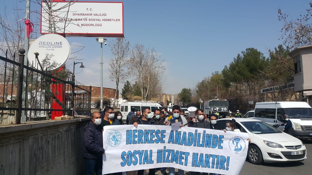 Diyarbakır: Herkese Eşit ve Anadilinde Sosyal Hizmet Haktır