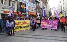 KESK İzmir şubeler Platformu'nun İhraç Eylemini Bu Hafta Kadınlar Yaptı