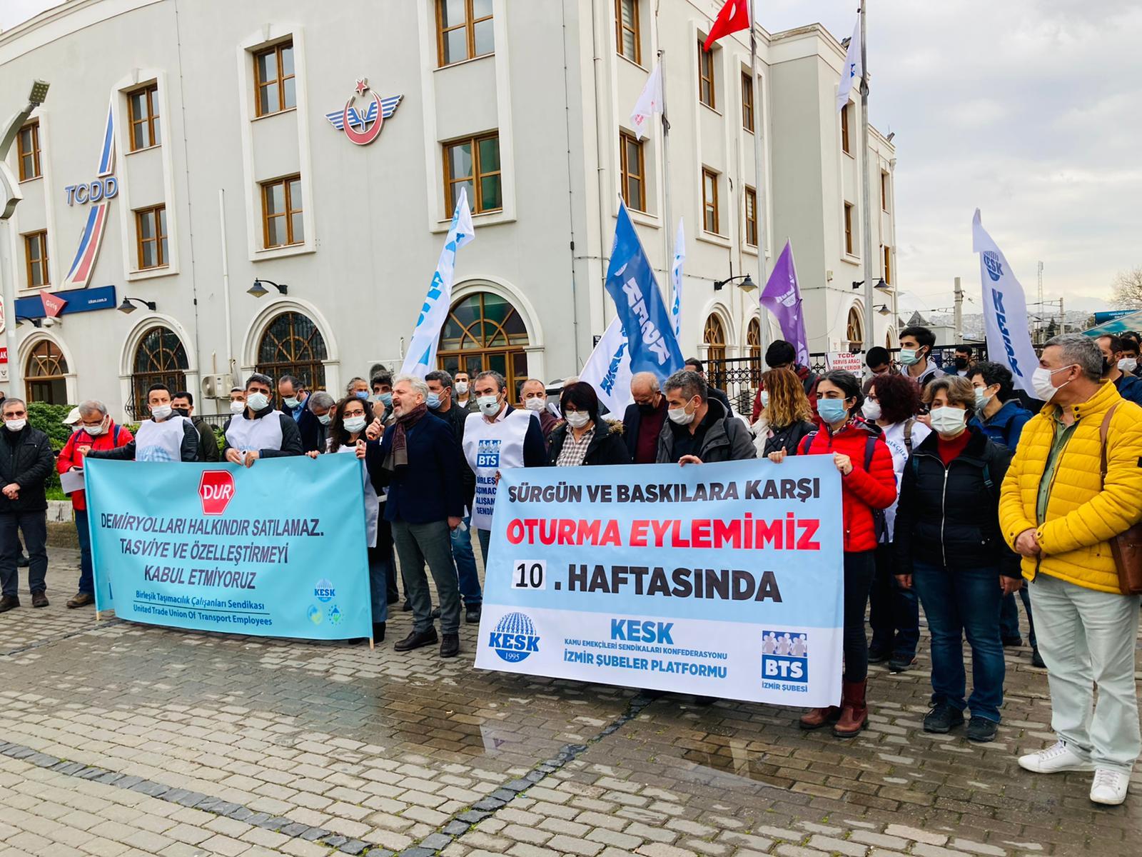 KESK İzmir Şubeler Platformu Sürgünleri ve Sefalet Ücretini Protesto Etti