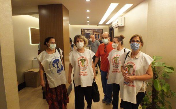 Antalya Şubemiz ve Antalya Tabip Odası Yangınla Mücadele Eden Manavgat'ı Ziyaret Etti